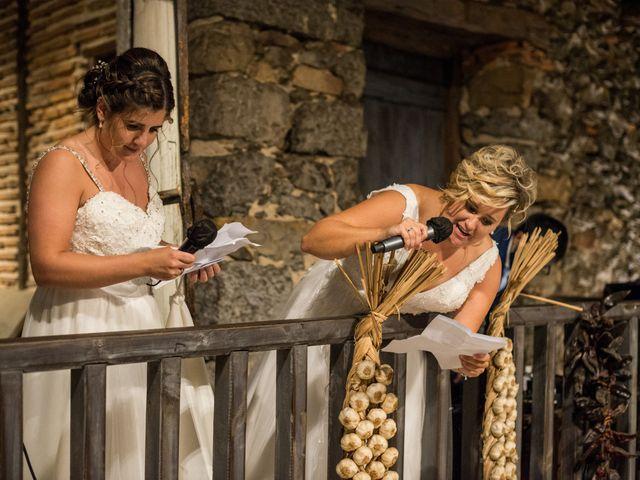 La boda de Ainara y Iraia en Forua, Vizcaya 20