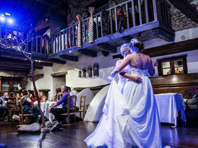 La boda de Ainara y Iraia en Forua, Vizcaya 22