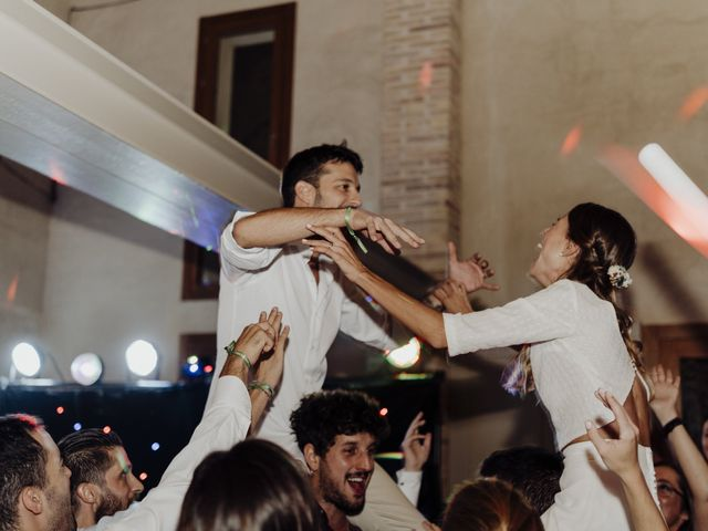 La boda de Adrià y Andrea en Pueblo Sant Andreu Salou, Girona 24