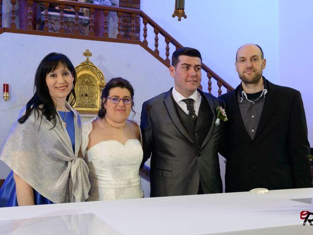 La boda de Daniel y Blanca en Lleida, Lleida 33