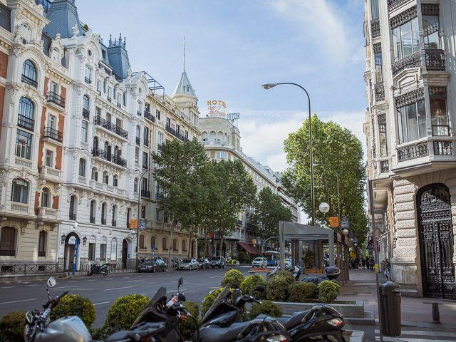 La boda de Marcos y Nuria en Madrid, Madrid 1