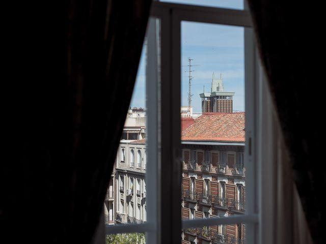 La boda de Marcos y Nuria en Madrid, Madrid 13