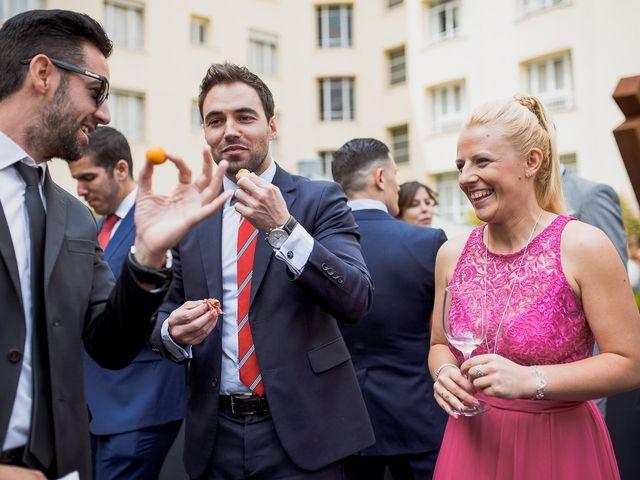 La boda de Marcos y Nuria en Madrid, Madrid 320