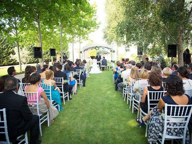 La boda de Félix y Aldara en Medina Del Campo, Valladolid 14