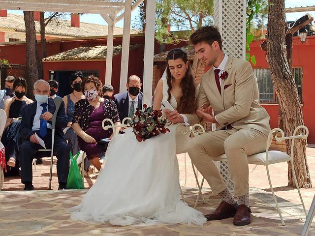 La boda de Manuel y Jemima en Castalla, Alicante 3