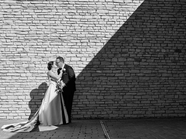 La boda de Omar y Ana Isabel en Fuenmayor, La Rioja 20