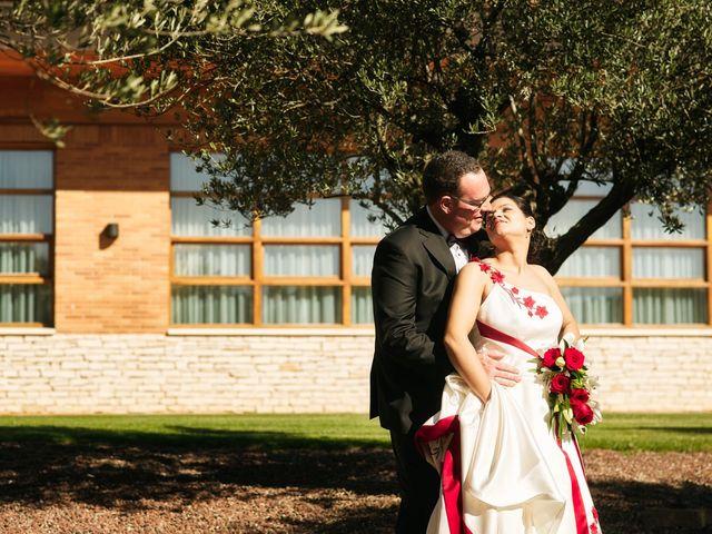 La boda de Omar y Ana Isabel en Fuenmayor, La Rioja 22