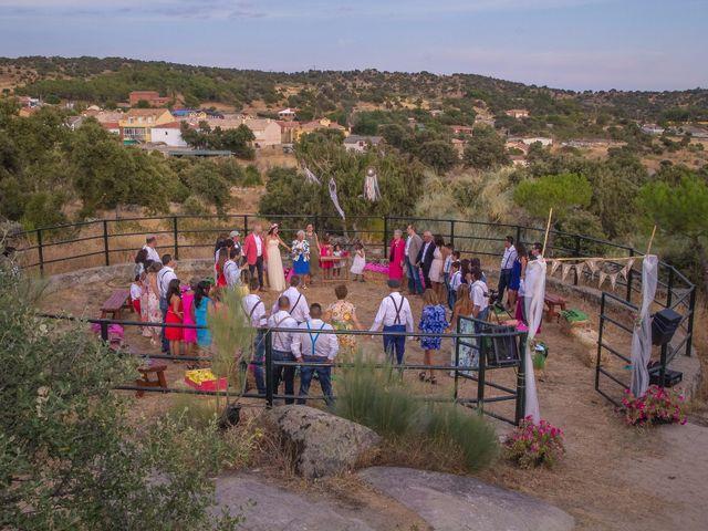 La boda de Luis y Luza en Fresnedilla De La Oliva, Madrid 1