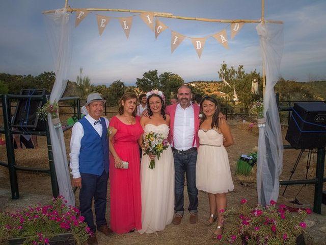 La boda de Luis y Luza en Fresnedilla De La Oliva, Madrid 51