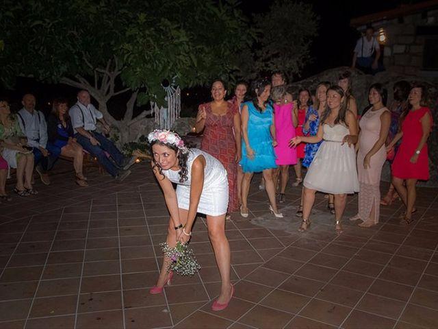 La boda de Luis y Luza en Fresnedilla De La Oliva, Madrid 64