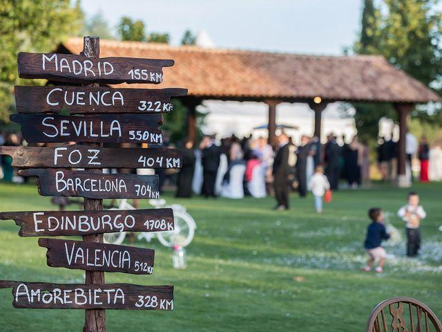 La boda de Alberto y Diana en Hornillos De Eresma, Valladolid 32