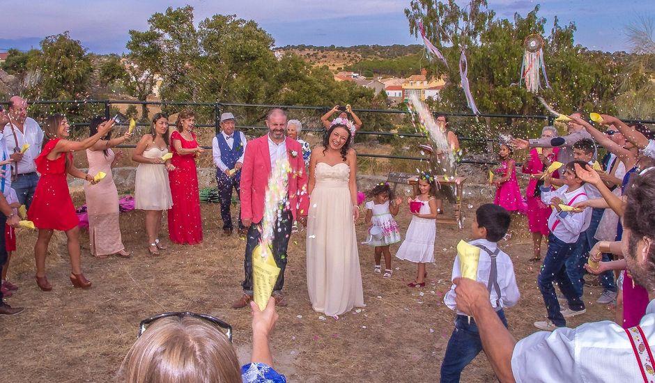 La boda de Luis y Luza en Fresnedilla De La Oliva, Madrid