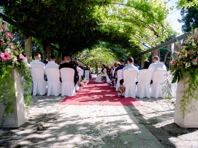 La boda de Sergio y Elba en Redondela, Pontevedra 19