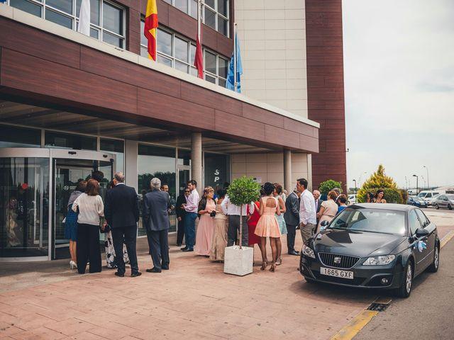 La boda de Javier y Aurora en Albacete, Albacete 20