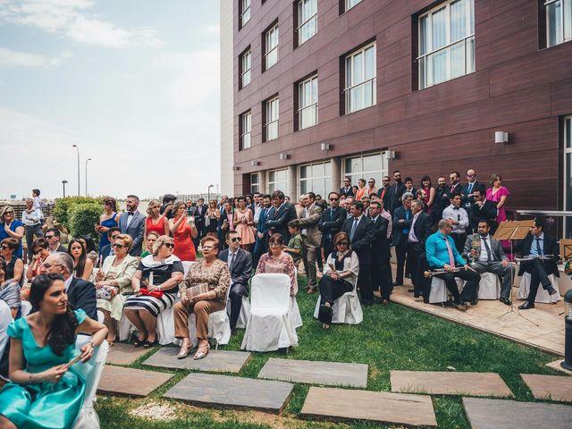 La boda de Javier y Aurora en Albacete, Albacete 30