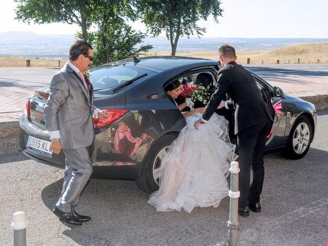 La boda de Carlos y Vanessa en Ávila, Ávila 23