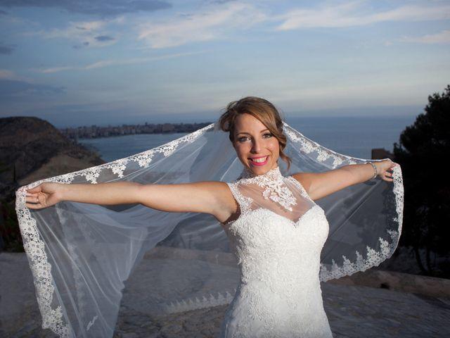 La boda de Rafa y Melani en Alacant/alicante, Alicante 37