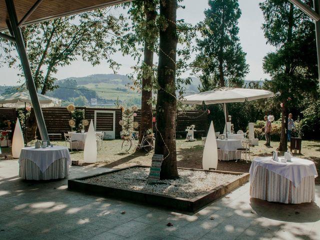 La boda de Alex y Lara en Oruña De Pielagos, Cantabria 17