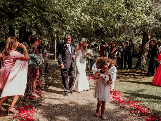 La boda de Alex y Lara en Oruña De Pielagos, Cantabria 30