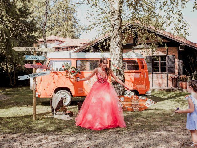 La boda de Alex y Lara en Oruña De Pielagos, Cantabria 63