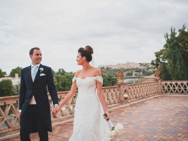 La boda de Roberto y Holly en Toledo, Toledo 240