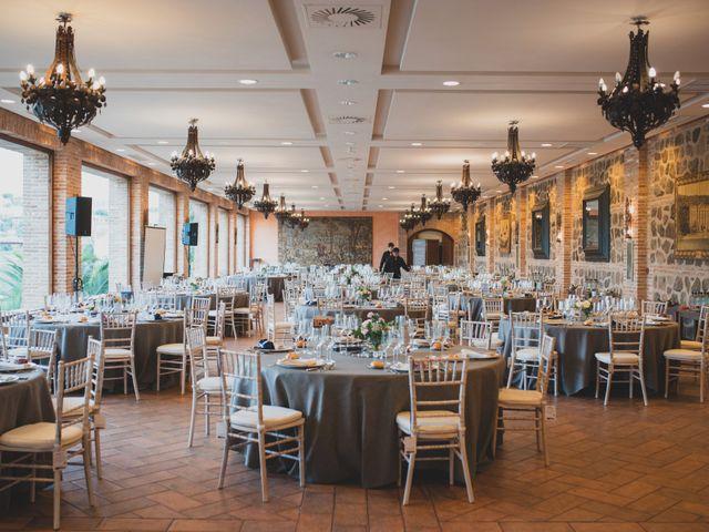 La boda de Roberto y Holly en Toledo, Toledo 303