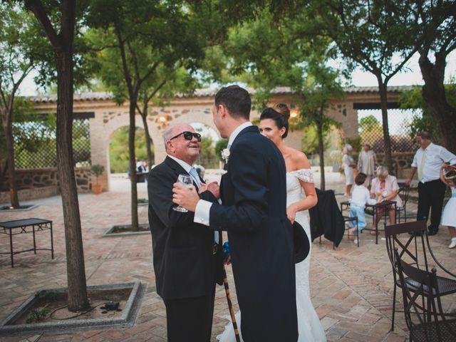 La boda de Roberto y Holly en Toledo, Toledo 335