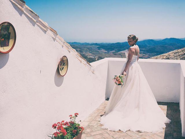 La boda de Ian y Alex en La Joya Nogales, Málaga 23