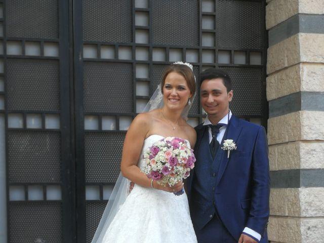 La boda de Adrián  y María  en Torrent, Valencia 1