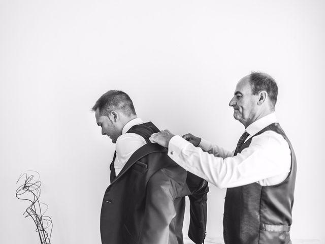 La boda de Victor y Marián en Casas De Los Pinos, Cuenca 17