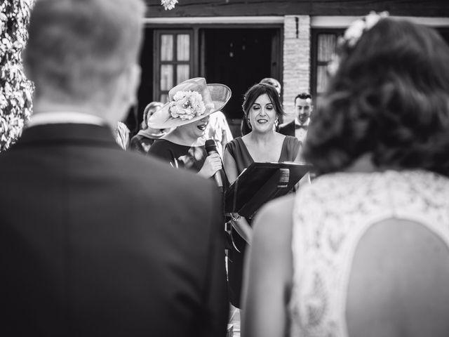 La boda de Victor y Marián en Casas De Los Pinos, Cuenca 30