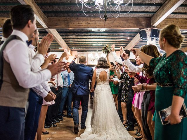 La boda de Victor y Marián en Casas De Los Pinos, Cuenca 34