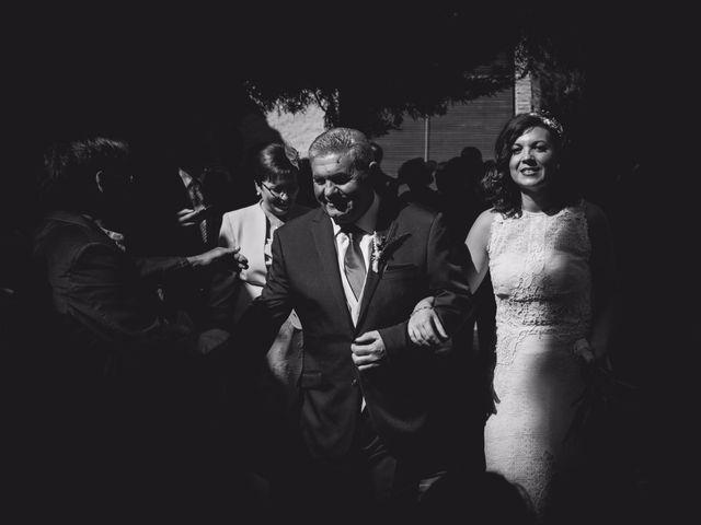 La boda de Victor y Marián en Casas De Los Pinos, Cuenca 57