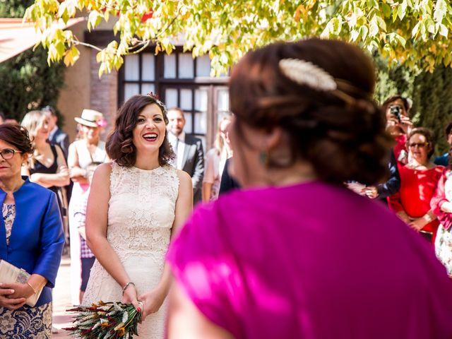 La boda de Victor y Marián en Casas De Los Pinos, Cuenca 58