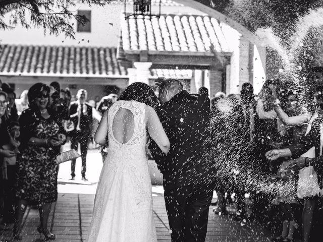 La boda de Victor y Marián en Casas De Los Pinos, Cuenca 76