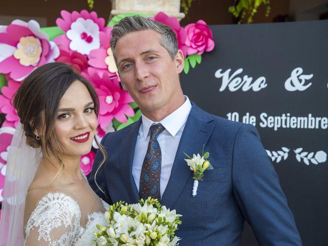 La boda de Alexandru y Veronica en Port D'alcudia, Islas Baleares 11