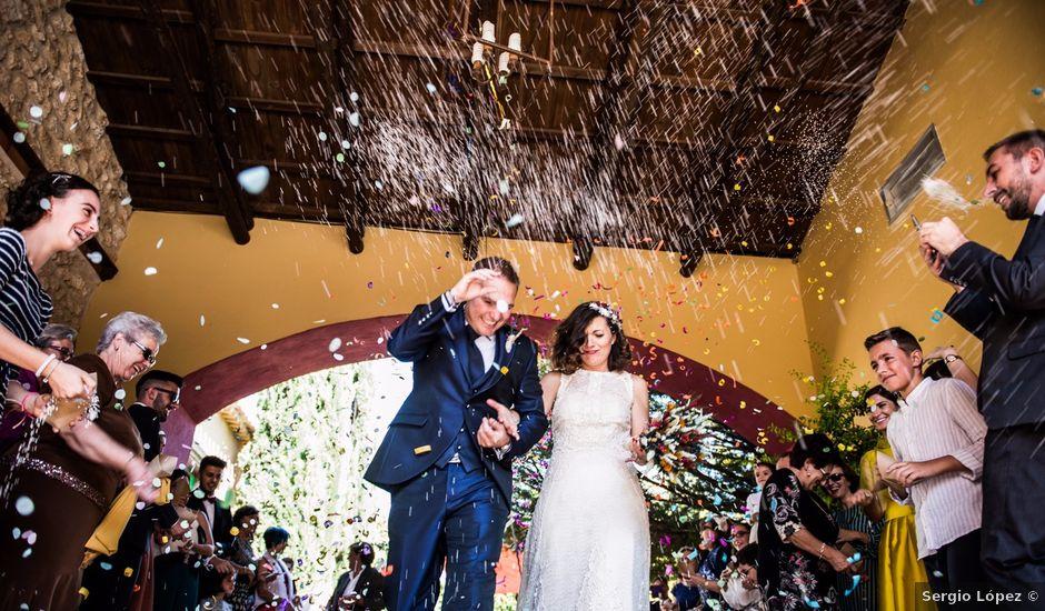La boda de Victor y Marián en Casas De Los Pinos, Cuenca