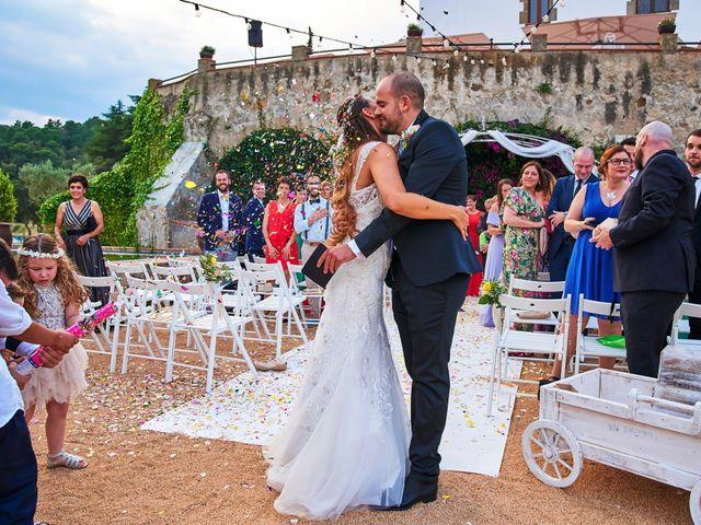 La boda de Victor y Carmen en Arenys De Munt, Barcelona 28