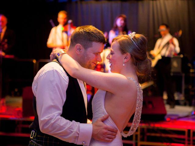 La boda de Tom y Nicky en Bilbao, Vizcaya 32