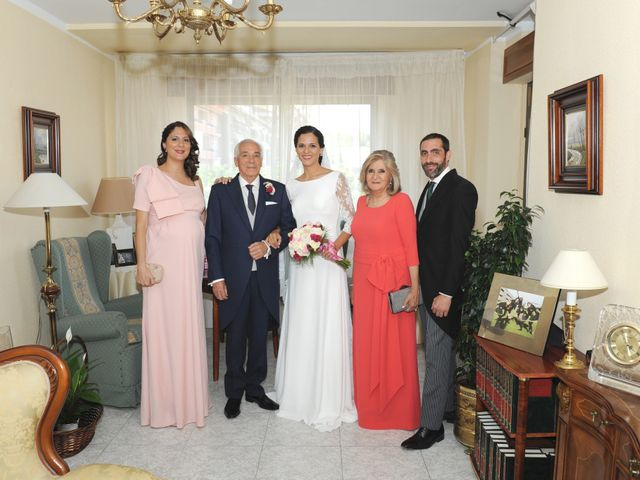 La boda de Triunfo y Beatriz en Plasencia, Cáceres 11