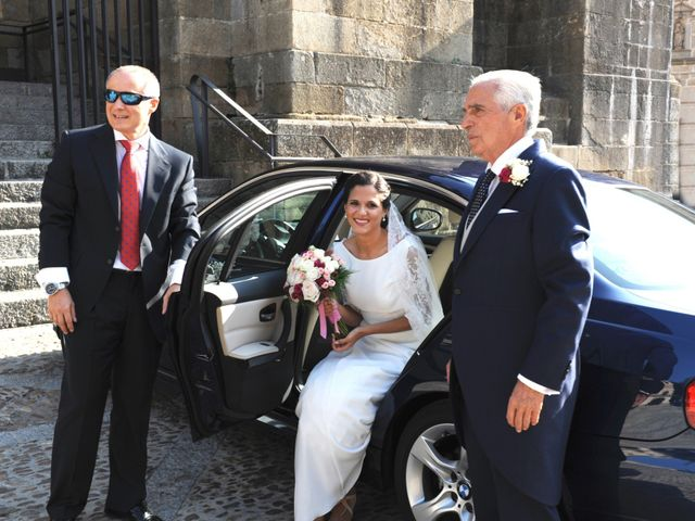 La boda de Triunfo y Beatriz en Plasencia, Cáceres 13