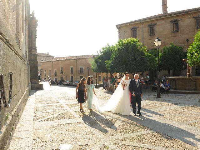 La boda de Triunfo y Beatriz en Plasencia, Cáceres 14