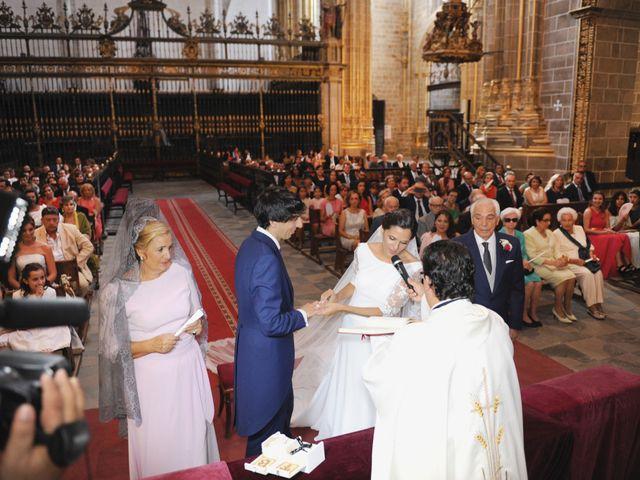 La boda de Triunfo y Beatriz en Plasencia, Cáceres 23