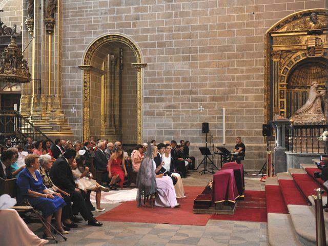 La boda de Triunfo y Beatriz en Plasencia, Cáceres 24