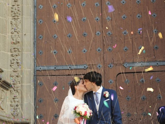 La boda de Triunfo y Beatriz en Plasencia, Cáceres 35