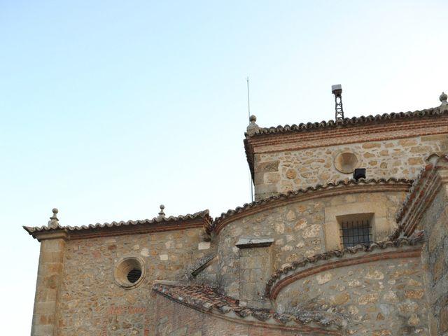 La boda de Triunfo y Beatriz en Plasencia, Cáceres 46