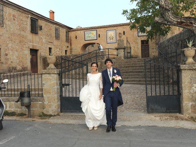 La boda de Triunfo y Beatriz en Plasencia, Cáceres 49