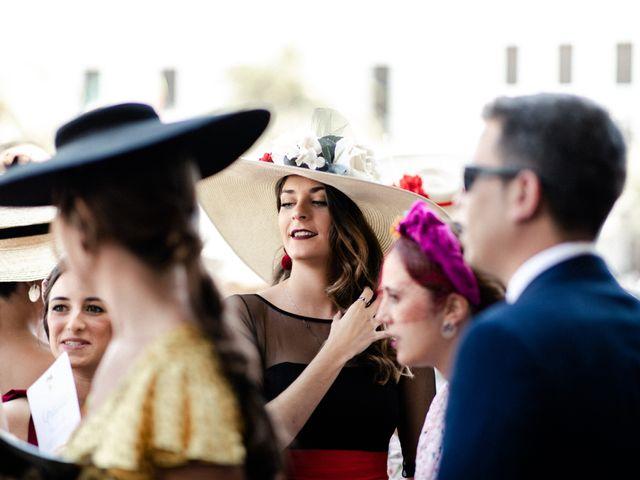 La boda de Miguel y Elena en Llerena, Badajoz 22
