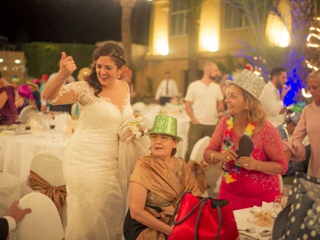 La boda de Roberto y Pina en Zahara De Los Atunes, Cádiz 33