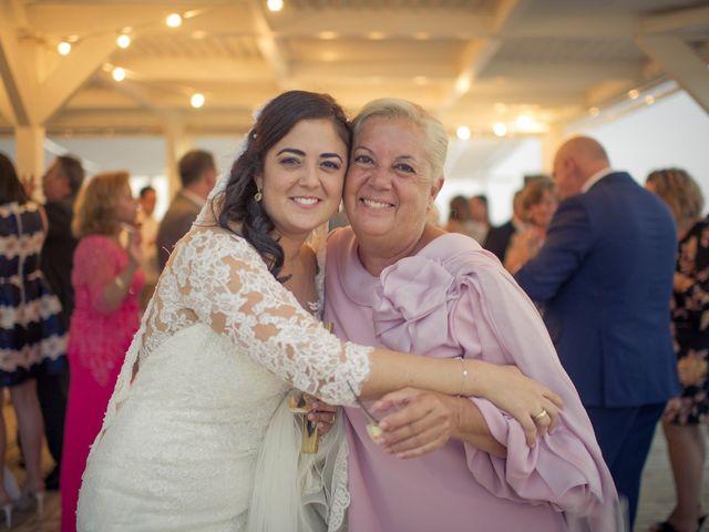 La boda de Roberto y Pina en Zahara De Los Atunes, Cádiz 46